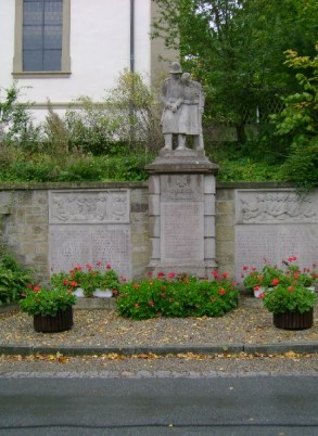 01-Obbach-World-Wars-Memorial